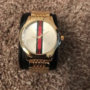 Gucci watch for men brand new